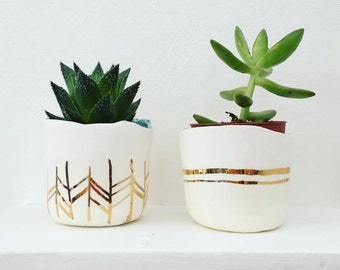Pre-order: Ceramic  & 22kt gold succulent planter, Large to small planter, apartment decor, plant holder, gold decor, minimalist ceramics