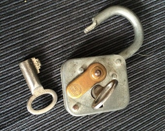 Padlock with 2 barrel key brand of Abus padlock