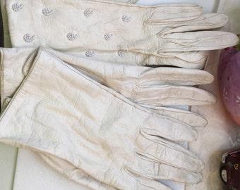 1950s white gloves
