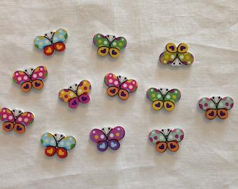 Set di 10 bottoni di legno con farfalle colori assortiti