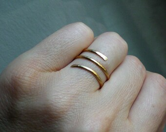 Gold spiral ring // Brass Spiral ring // Brass jewelry // Gold jewelry // Brass ring