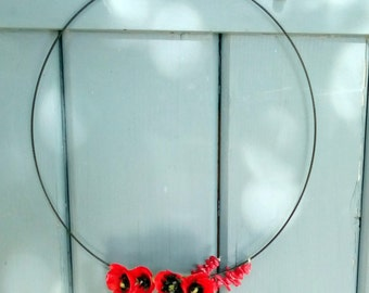Necklace bouquet of poppies