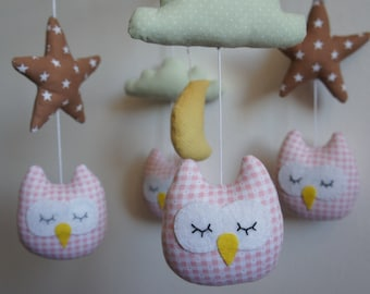 Mobile owls pink star cloud light green and Yellow Moon baby pink