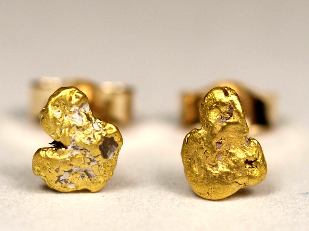 alaskan gold nugget stud earrings with 14k posts and backs