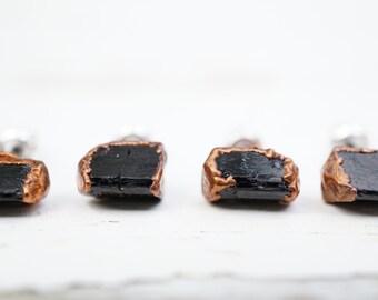 Black Tourmaline Copper Stud Earrings / Stud Earrings / Tourmaline Earrings / Black Earrings / Simple Earrings / Crystal Earrings