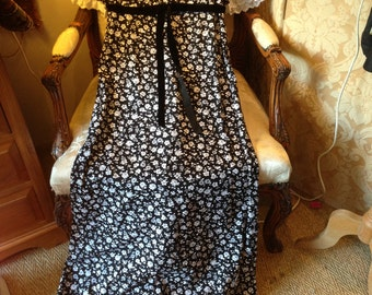 Quad 70's maxi dress. Ditsy print. Quality. Collectable. 34 bustx56 length