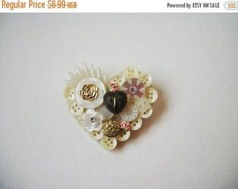 ON SALE Vintage Oversized Heart Pin 845