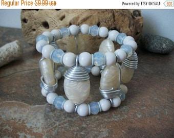 ON SALE Vintage Wide Marbleized Stone Bracelet 1557