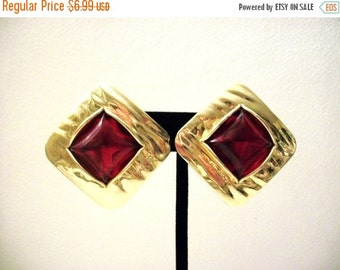 ON SALE Vintage Chunky Gold Red Earrings 1023