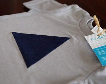 ON SALE // 12 - 18M Grey Organic Toddler T-shirt with Navy Triangle: 100% Organic Cotton