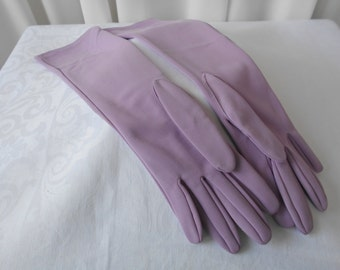 "Vintage Opera Length Gloves by ""Crescendo Carrese"" in Lilac Size 7 1960's"