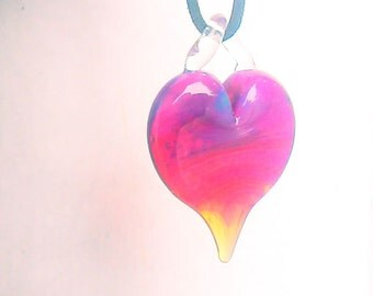 Heart shaped pendant necklace handmade handblown borosilicate pyrex