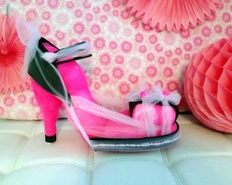 Glamorous High heel diaper cake