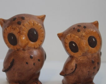 Vintage Ceramic Pair of Owl Figurines- Momma and Baby owls