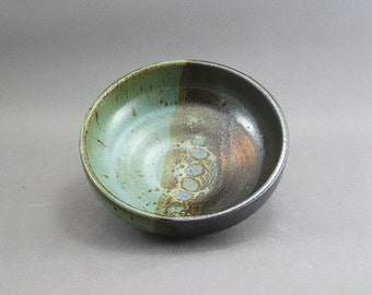 Pottery Medium Bowl Tenmoku & Green FF11