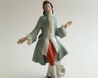 Vintage Rococo Dresden lace figurine, Rococo gentleman, Dresden lace figurine, porcelain Rococo figurine, Colonial man figurine, Rococo man