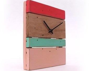 Clock Wood - Green diabolo Mint, pink and bright pink
