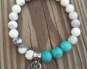 Turquoise and White Turquoise (Howlite) Bracelet
