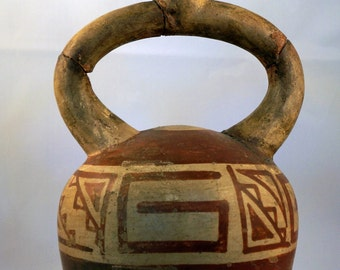 Ancient Peruvian Moche IV Stirrup Vessel (Pre-Columbian)
