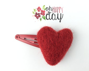 Red heart hair clip, Red heart, Red hair clip, Felt Heart, Red snap clip, Baby hair clip, Toddler hair clip
