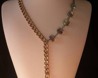 Necklace with crystals.