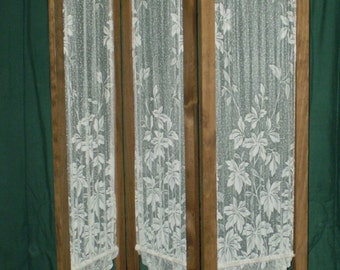 Folding Pine room screen with lace panels