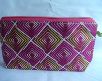 Purse // makeup bag// zipper pouch