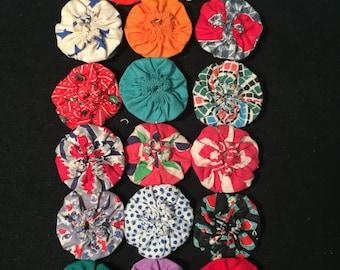 Vintage Button Covers popcorn quilt (17 count)