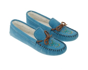 Mocassins Slippers for woman native product
