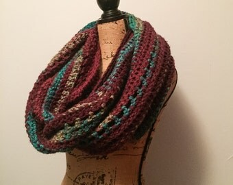 SUPER Chunky Infinity Cowl-Women's Crochet Circle Scarf