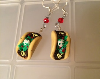 Mini taco clay earrings!