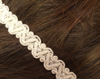 lovely lace and pearls headband