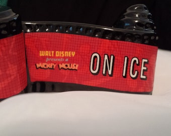 Walt Disney Title Film Scroll Mickey on Ice