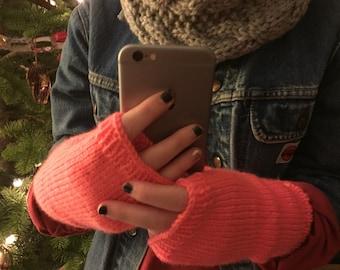 Fingerless Gloves - coral