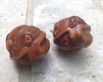 SALE! Store Wide 40% OFF!!! Hand Carved Boxwood Ojimi Bead - Mermaid Ball