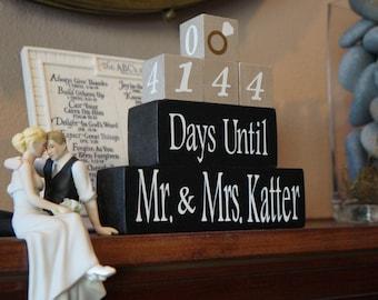 WEDDING COUNTDOWN BLOCKS. Engagement Gift. Bridal Shower Gift.  Wooden Block Calendar. Days Til I Do. Custom Blocks. Gift for the Bride.