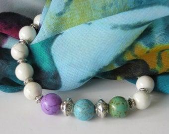 Chakra Bracelet / Yoga Bracelet / Green - Blue - Violet Howlite Bracelet / White Howlite Bracelet / Stretchy Beaded Bracelet - Fantastic 262