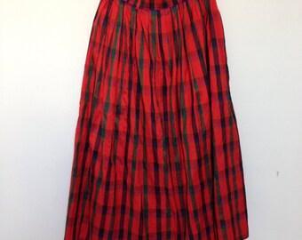 Vintage skirt tartan patterned in shantung in silk