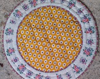 "French doily, ""SOLEIADO"" provençal, vintage, padded, handmade, diameter 39cm 20euros"