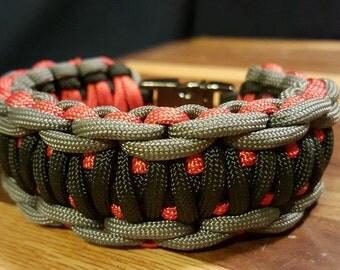 Ridged King Cobra Paracord Bracelet with Metal Buckle