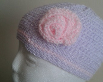 crochet hat with flower detail
