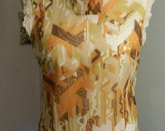 "1970 sleeveless high neck Blouse Bust 44"""