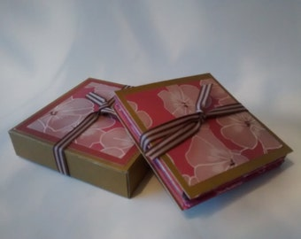 Concertina booklet with a matching gift box