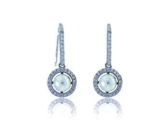 Fancy Pearl Dangling Earrings (B43)