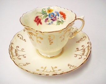 Aynsley Bone China Cup & Saucer/Square-Quatrefoil Cup