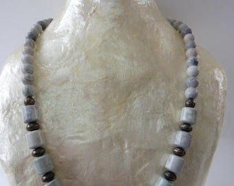 Beautiful Vintage Natural Stone Necklace