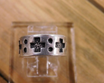 Vintage Sterling Silver Cross Band size 6.25