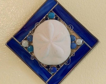 Stained Glass, Sand Dollar, Suncatcher with Decorative wire