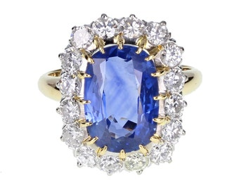 Oval Sapphire and Diamond Cluster Ring in 18ct Gold