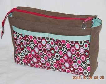 Spacious bag with 8 compartments